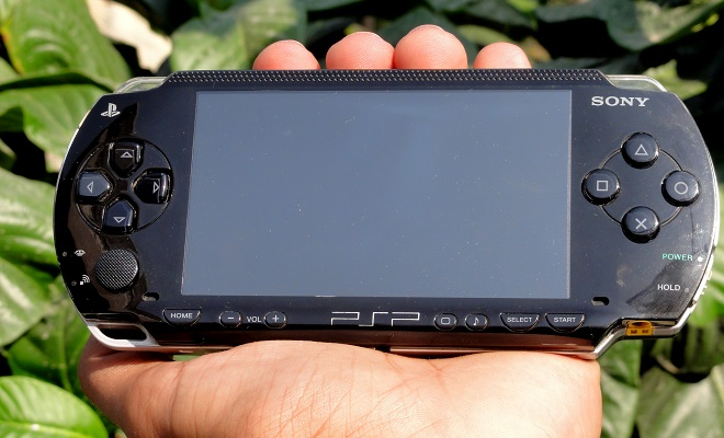 PSP_In_Hand_Front